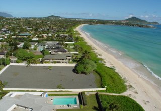 Photo of Beachfront 32,870sf Lot on World-Famous Kailua Beach