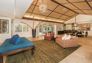 Kahala Island-Style Steel Framed One-Level Luxury Home