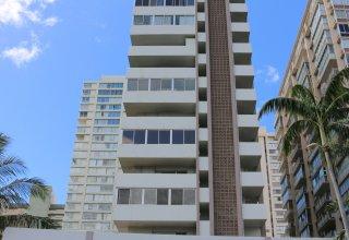 Ala Wai Townhouse #406 - 2 Bedroom Condo in Great Waikiki Location