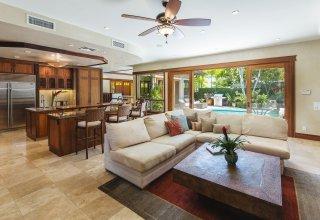Photo of Custom Kahala Luxury Home - Luxury Living Island Style