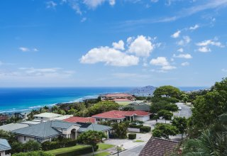 Ocean View Luxury Home in Gated Community of Hawaii Loa Ridge