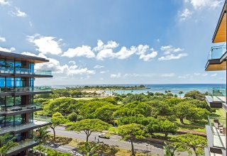 Park Lane Ala Moana #2702 - New Luxury Condo Across Beach
