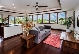 Ocean & Mokulua Island Views - Remodeled Lanikai Hillside Home
