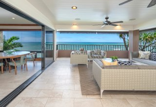 Oceanfront 3500+SF Townhome in Prestigious Diamond Head