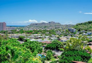 Ocean View Kahala View Estate Remodeled 3-Bedroom Townhome