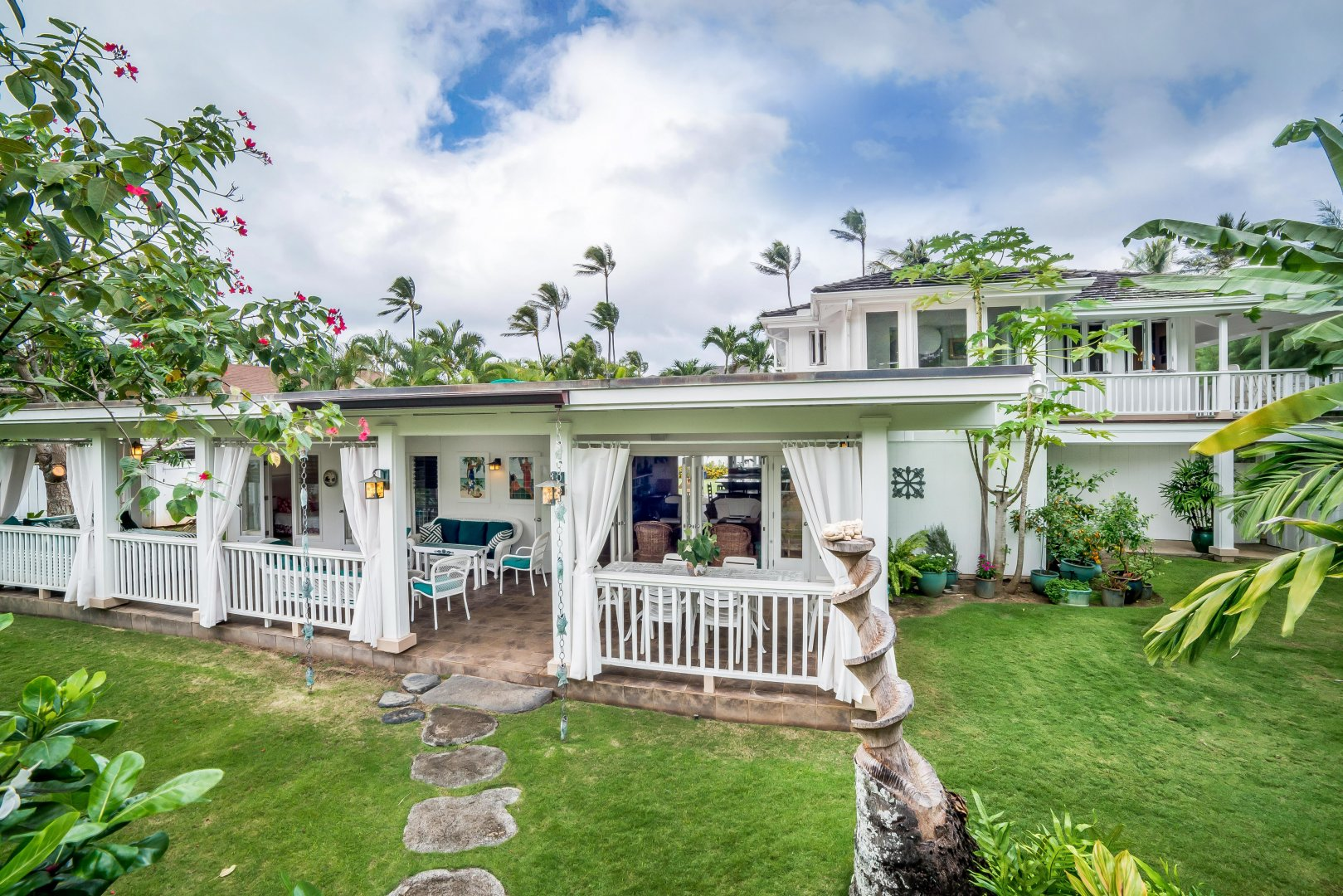 Charming Lanikai Island Style Retreat 1 House From Beach